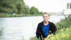 """'Thuis'-actrice Katrien De Ruysscher keert terug naar het theater: """"Het is goed om af en toe andere dingen te doen"""""""