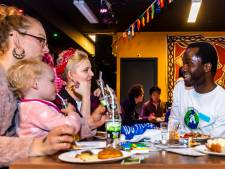 Eten met vluchtelingen in Utrecht: 'Ik bij te dragen aan een mooiere wereld'