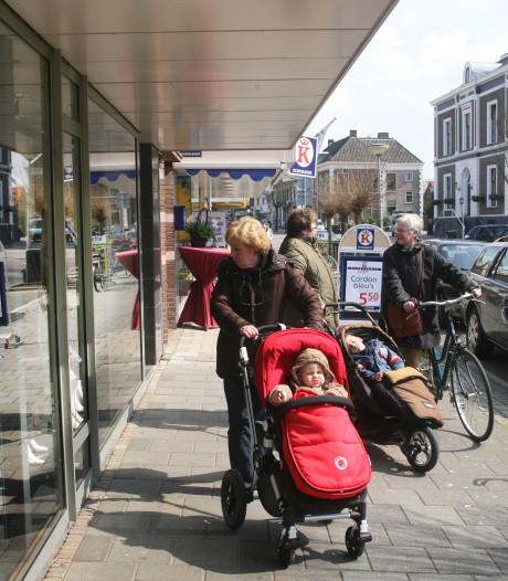 Raad wil winkels op zondag nog  niet vanaf 08.00 uur open