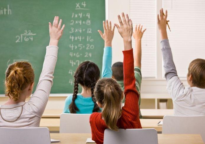 Er vliegen regelmatig vingers in de lucht voor vragen of opmerkingen. Sommigen relevanter dan anderen.