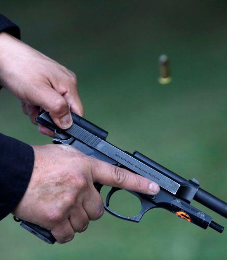 OM wil Enschedeër achter de tralies voor drugs- en wapenbezit