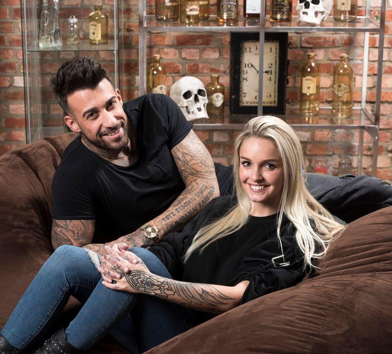 Pommeline met haar baas Fabrizio. De blondine ontkent dat ze een relatie hebben.