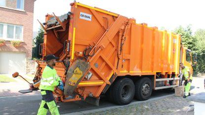 Meer volk thuis, dus kan vuilniswagen moeilijker door