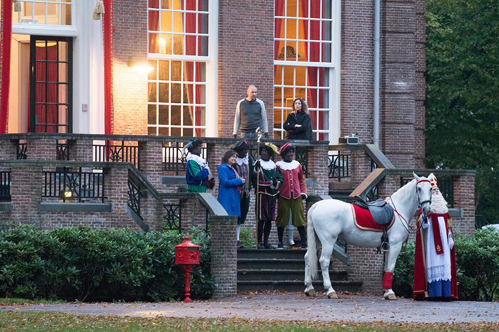 Zwarte piet zaak bij college rechten voor de mens foto - Het huis van de cabriolet ...