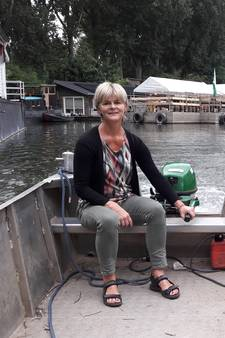 Onderzeeër opent uitgebaggerde haven in Arnhem