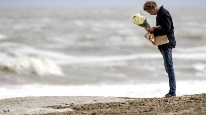 Grote zoekactie in Scheveningen naar surfer Mathijs zondag: 'Harde wind is gunstig'