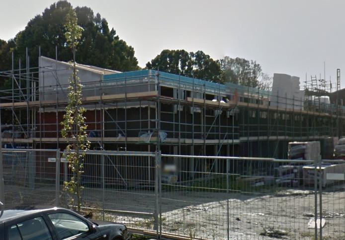 Archief: IJsbufferwoning, toen nog in aanbouw