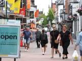 Waarom Inge en Susan uit Gennep in Boxmeer winkelen met blauwe handschoentjes