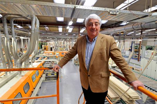 Tot afgelopen weekeinde probeerde directeur-eigenaar Cees Nijpels vergeefs gegadigden te vinden voor een overname van de Bergse meubelfabriek. 82 mensen verliezen hun baan.