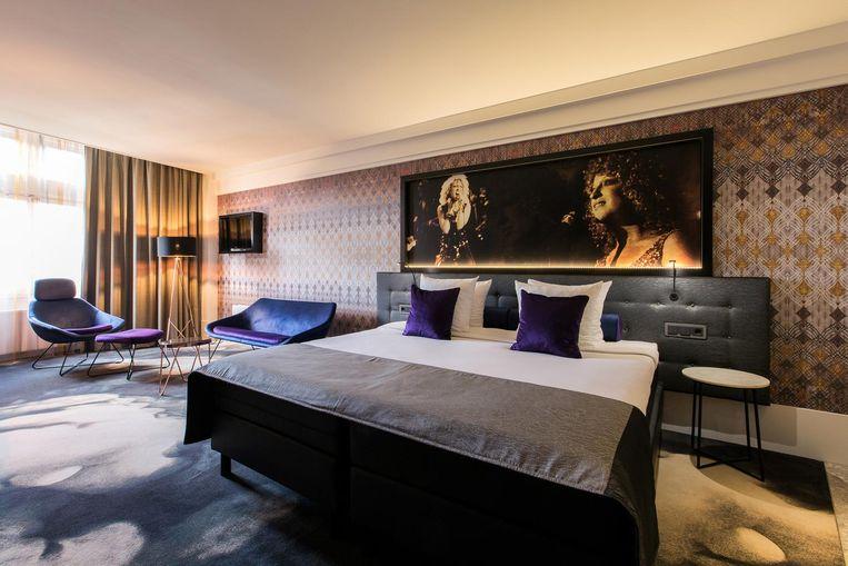 Een kamer in Hard Rock stijl. Van de 175 kamers in het American Hotel moeten er nog 75 worden verbouwd Beeld Eden Hotels