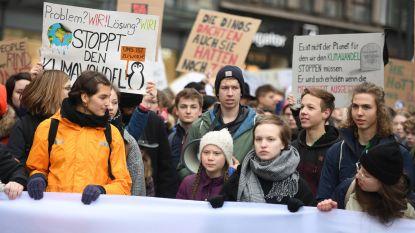 Merkel spreekt haar steun uit voor klimaatspijbelaars, maar vraagt geduld