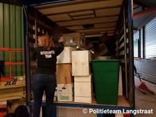 Politie vindt gestolen auto en spullen in loods in Dongen