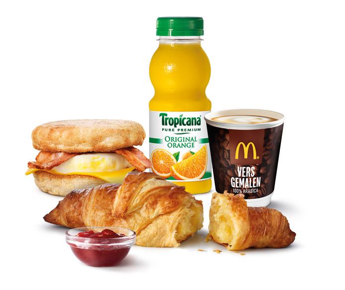Bij de grotere vestigingen serveert McDonald's al een ontbijtje. Ook andere horeca in Uden mag dat vanaf nu gaan doen.