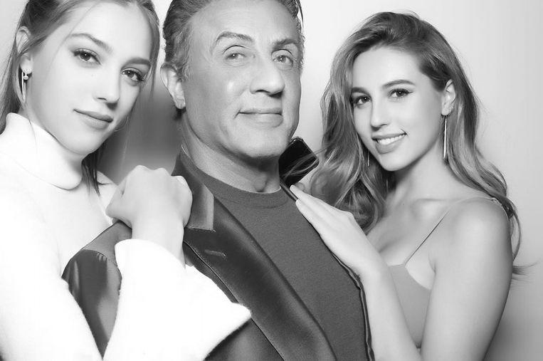 Sly Stallone met twee van zijn drie dochters Sistine (links) en Sophia (rechts)