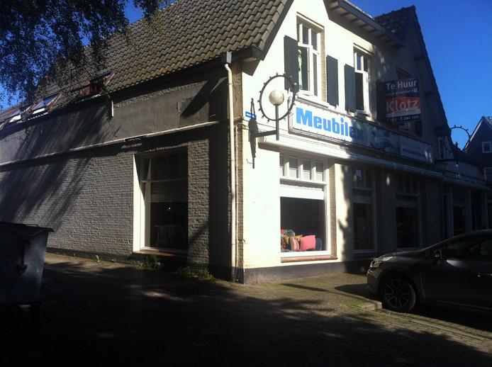 De panden aan de Kerkstraat in Haaren.