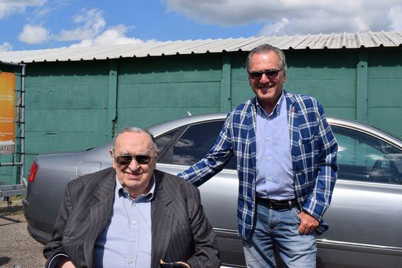 De oude en de nieuwe voorzitter: Roger Lambrecht en Louis De Vries.