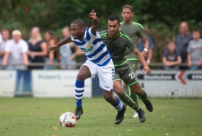 Marengo in actie tegen FC Lienden.