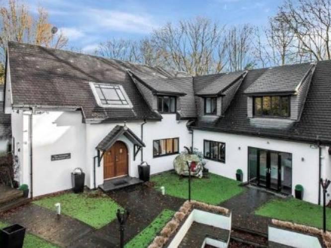 Nog steeds niet verkocht: de villa van Fellaini in Manchester (mét eigen kapsalon) voor 2,3 miljoen