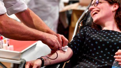 'Zomerhelden' moeten bloedvoorraad redden: Rode Kruis start campagne, nu er veel meer bloed nodig is dan voor lockdown