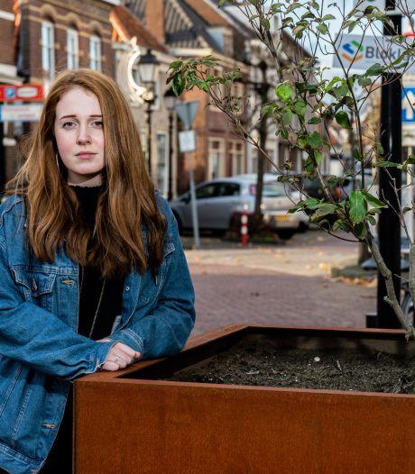 Motorrijder ramde Lianne (19) van haar fiets en ging ervandoor. 'Pas na zes maanden had ik geen pijn meer'