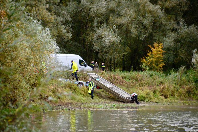 Groot politieonderzoek in Meinerswijk na de vondst van het lichaam.