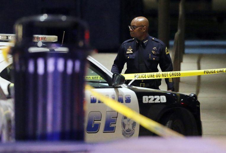 Politiechef David Brown bij de plaats-delict. Beeld ap