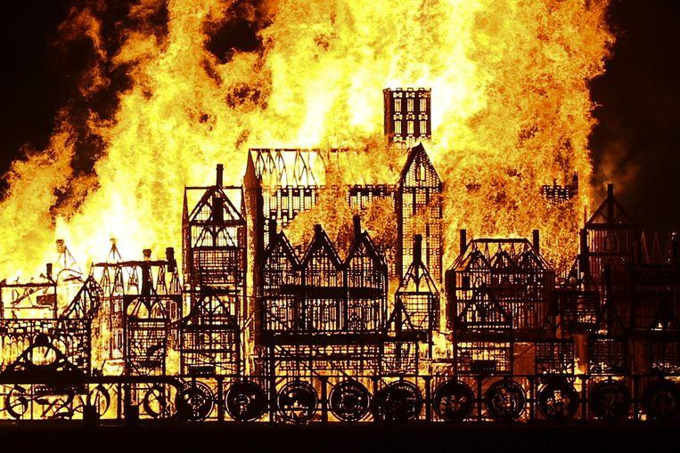 De brand in 1666 in Londen verwoestte zo'n 13.000 huizen, 87 kerken en St. Paul's Cathedral. Beeld ANP