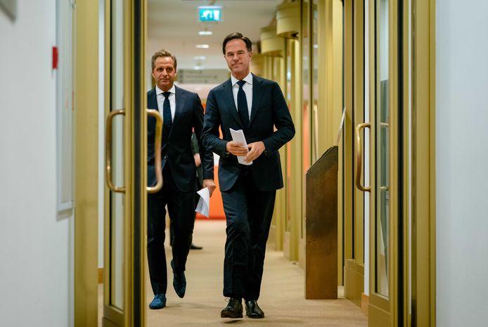 Premier Mark Rutte en minister Hugo de Jonge (Volksgezondheid) geven een toelichting op de coronamaatregelen in Nederland.