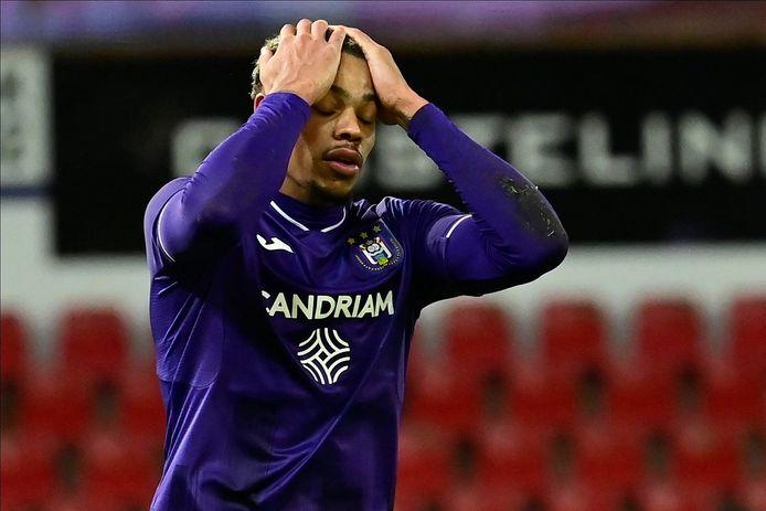 Le Sporting d'Anderlecht a dominé et mené, mais n'a une fois de plus pas gagné.
