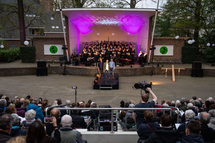Het Eibergse openluchttheater in andere tijden: tijdens de uitvoering van de De Passie vorig jaar.
