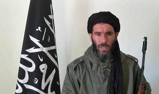 """Mokhtar Belmokhtar semble bien vivant """"pour la simple raison qu'il se trouve dans la région de Gao"""", a précisé la source anonyme."""