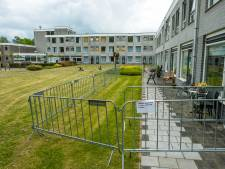 Dranghekken om verpleeghuizen op Noord-Veluwe moeten familieleden op afstand houden