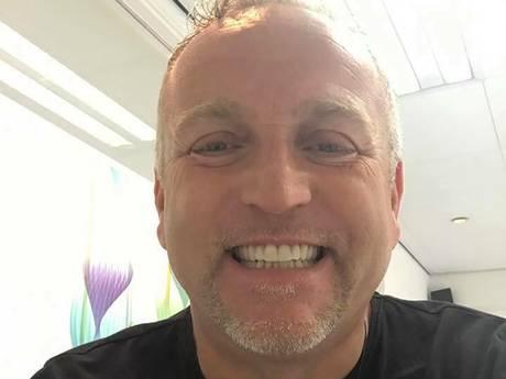 Gordon laat gebit renoveren 'maar niet zo wit als tanden van Geer'
