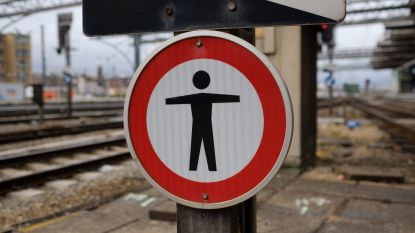 Treinverkeer tussen Kortrijk en Deinze ligt bijna 2 uur stil na persoonsongeval in Waregem