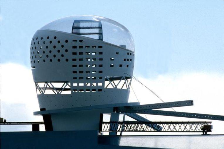 De maquette van het ontwerp van Rem Koolhaas voor de ferryterminal in Zeebrugge. Beeld Karin Borghouts