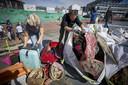 Vrijwilligers doken 2500 kilo afval op uit de Noordzee.