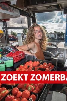 Toeterend het plassengebied door met de rijdende supermarkt: 'Nieuwe klanten moeten weten dat ik er ben'