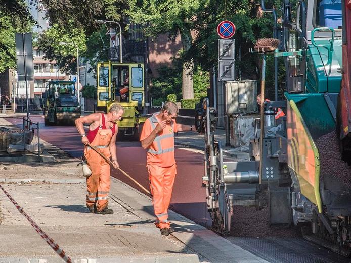 Aanleg van de fietsstraat. Foto Jan van Eindhoven