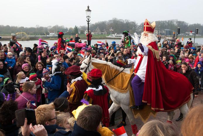 Een eerdere Sinterklaas-intocht in Deventer. Er zijn dit jaar geen extra veiligheidsmaatregelen.