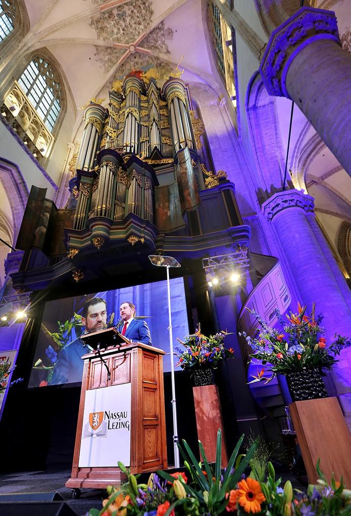Nassau-Lezing in de Grote Kerk van Breda door staatssecretaris Klaas Dijkhof. Foto Ramon Mangold/ Pix4Profs