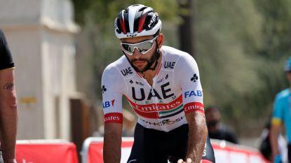 """Na 26 dagen in isolatie zit de schrik er nog altijd in bij UAE Team Emirates: """"Fernando en ik wachten op onze vlucht naar huis, maar houden nog altijd afstand"""""""