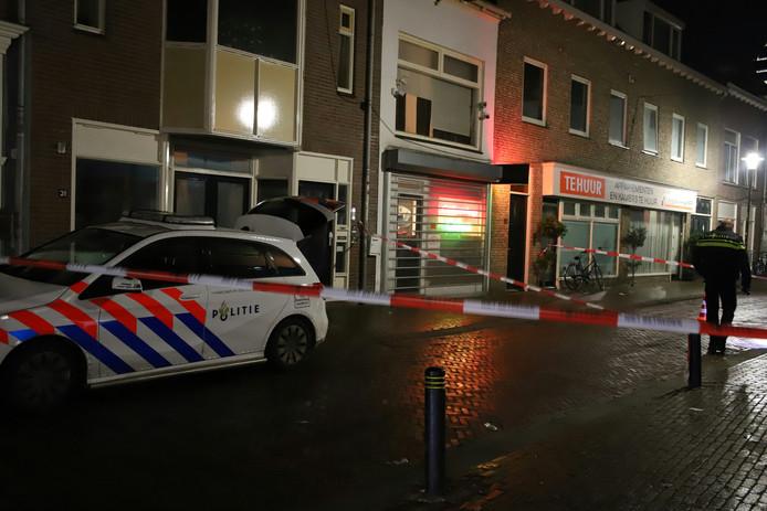 Afzetting van de beschoten coffeeshop in Tiel.