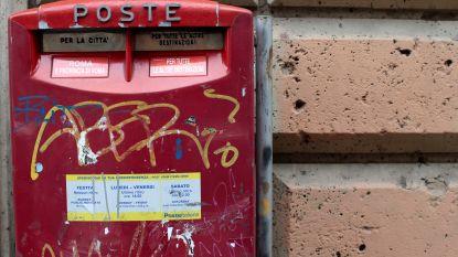 Italiaanse postbode doet drie jaar lang zijn ronde niet en wordt betrapt met 400 kilo onbezorgde post