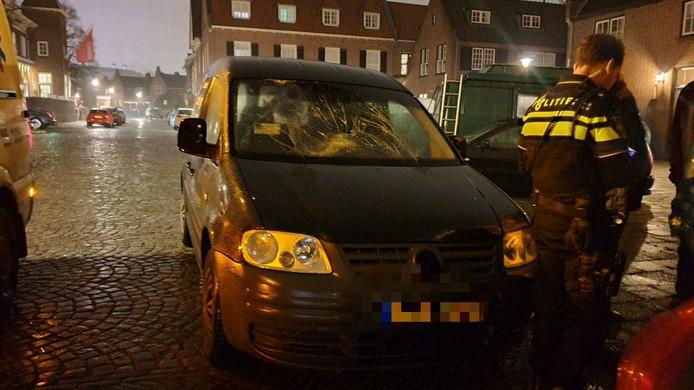 Fietser gewond door aanrijding met auto in Hengelo.