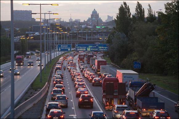 De grootste winstkansen voor telewerk liggen volgens de analyse in Brussel.