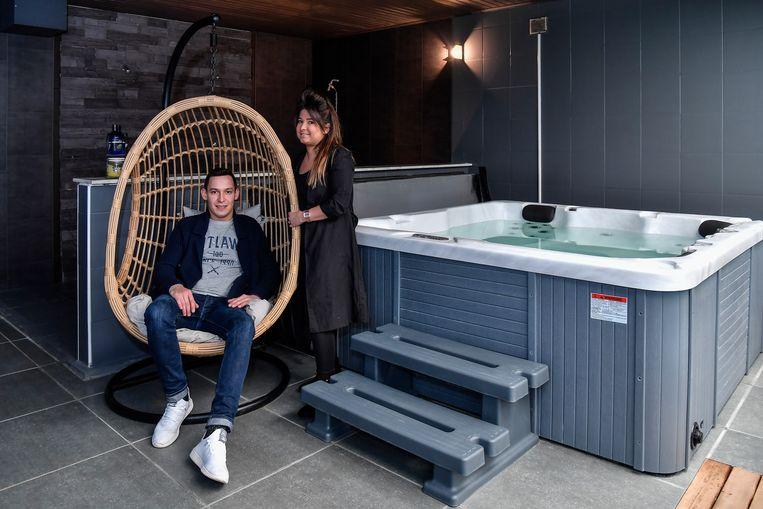 Gwen en Sam zorgden voor een volledige renovatie van de vroegere sauna.