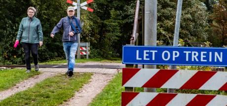 Uiterlijk 2023 verdwijnen laatste twee onbewaakte overwegen in Deventer