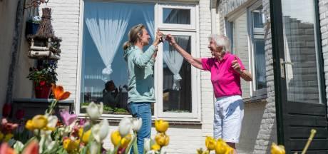 Inge brengt moeder (85) toch terug naar verpleeghuis: 'Kan dit niet veel langer volhouden'