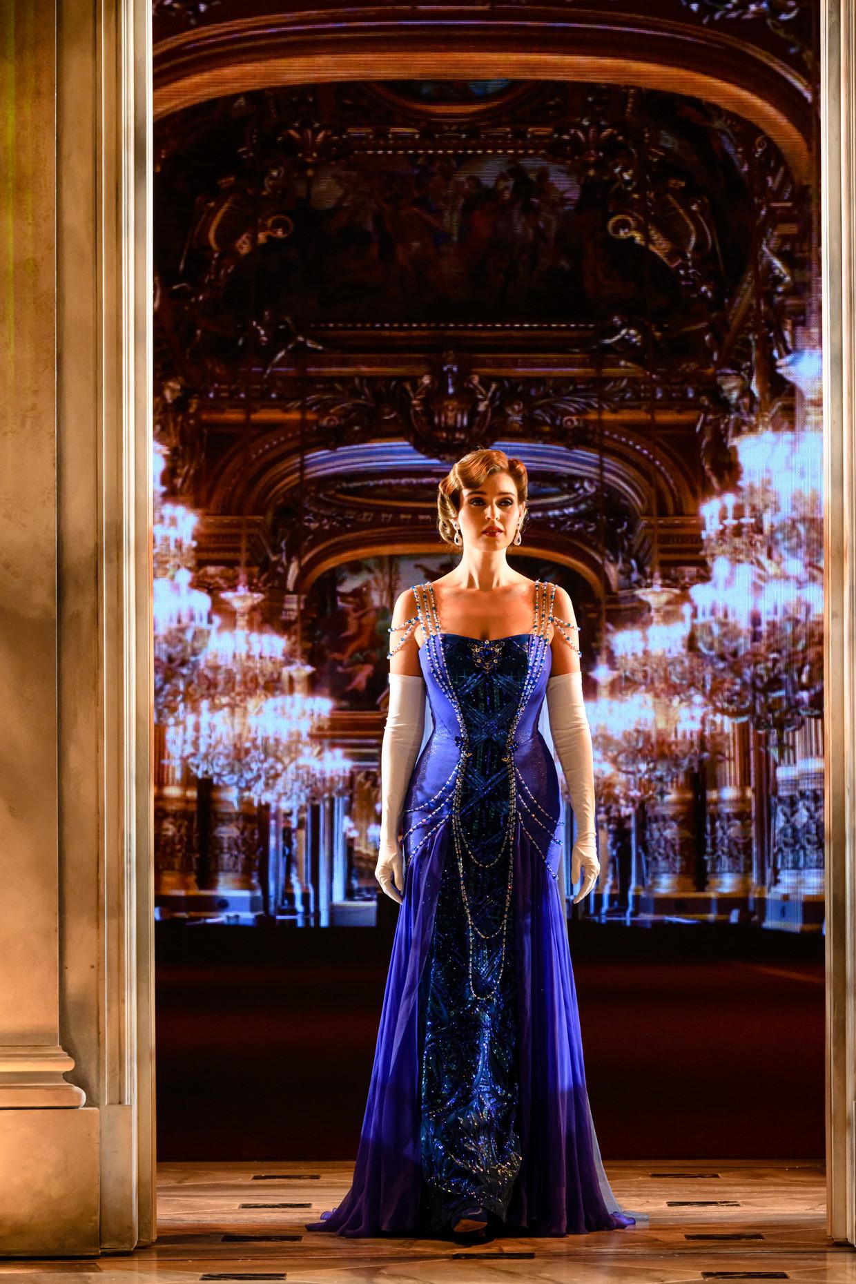 Tessa-Sunniva van Tol is Anastasia in de gelijknamige musical.