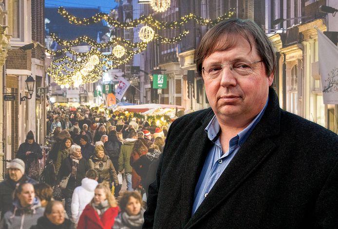 Gerben Baaij, directeur van Dordrecht Marketing, dat de kerstmarkt organiseert